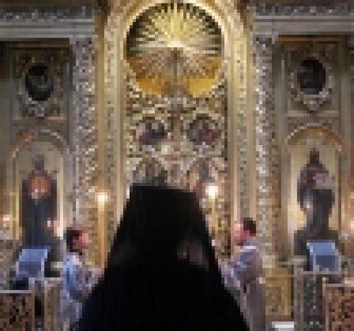 Во вторник первой седмицы Великого поста епископ Выборгский и Приозерский Игнатий совершил повечерие в  Богоявленском кафедральном соборе в Елохово