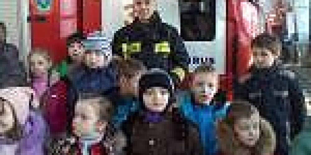 Учащиеся воскресной школы храма иконы Божией Матери «Знамение» в Аксиньино посетили пожарную часть№31