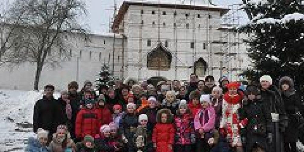 Воспитанники воскресной школы при храме прп. Евфросинии, великой княгини Московской, в Котловке посетили Саввино-Сторожевский монастырь
