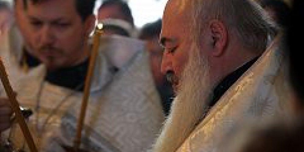 В храме Рождества Богородицы во Владыкине состоялось отпевание старшего сержанта полиции, погибшего в школе № 263 в Отрадном