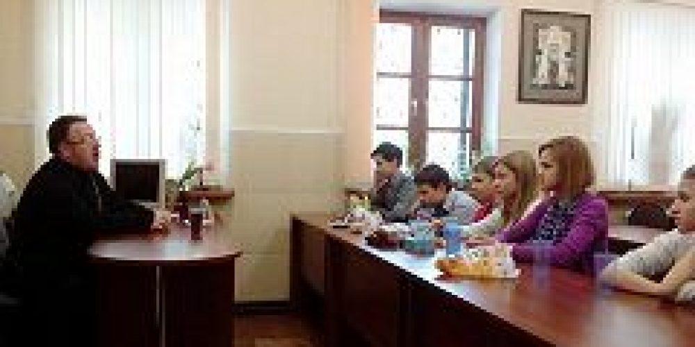 Учащиеся школы-интерната №42 посетили храм Всех святых во Всехсвятском на Соколе