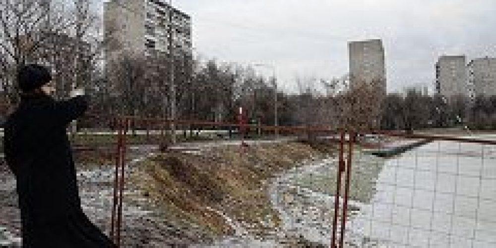 Реконструкция Черкизовского пруда ведется с молитвой на начало доброго дела и благословением работников