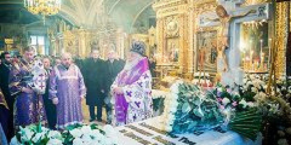 В Богоявленском кафедральном соборе молитвенно почтили память 15-го Предстоятеля Русской Церкви