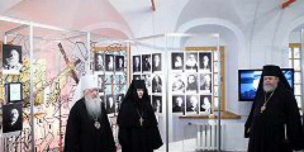 В Новодевичьем монастыре проходит выставка «Московская епархия: вчера и сегодня»