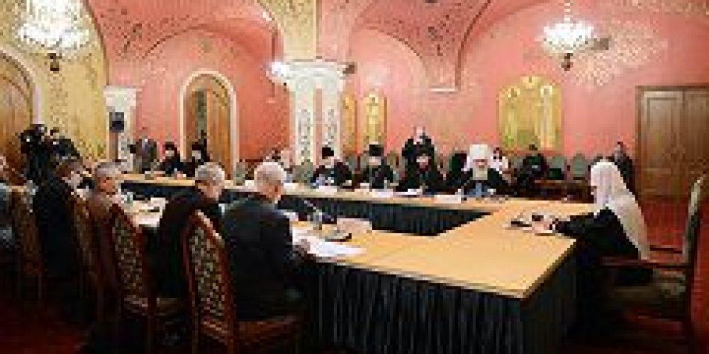 Святейший Патриарх Кирилл возглавил заседание Палаты попечителей Патриаршей литературной премии