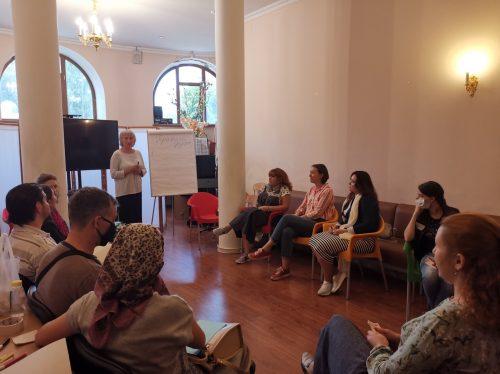 Cеминар-тренинг для родителей и педагогов провели в храме преподобного Сергия Радонежского в Солнцево