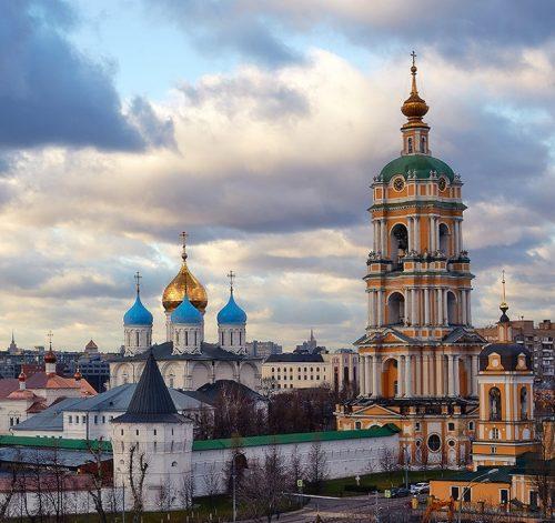 Приходское общество трезвости храма Александра Невского при МГИМО проведет экскурсию по двум московским святыням