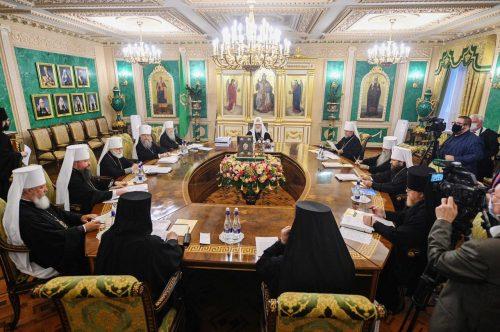 Патриарх Кирилл открыл заседание Священного Синода Русской Православной Церкви
