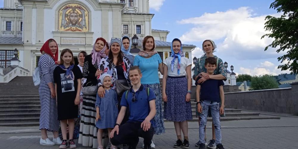 Ученики воскресной школы храма преподобного Серафима Саровского в Кунцеве побывали в Дивееве