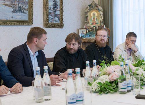 Епископ Фома принял участие в совещании по вопросам строительства храма иконы Божией Матери «Неопалимая Купина» в Очакове-Матвеевском