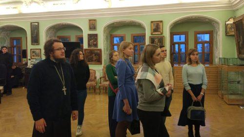 Молодежь Иверского храма совершила паломничество в Троице-Сергиеву Лавру