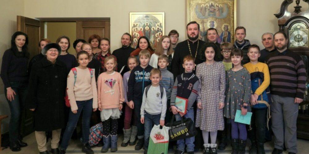В храме Рождества Богородицы в Крылатском открыт набор на бесплатное обучение в православной школе