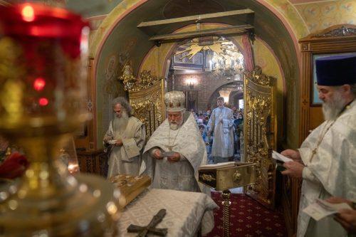 Престольный праздник отметили в храме Архистратига Михаила в Тропарево