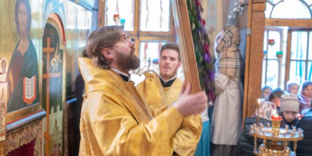Престольный праздник в храме свт. Димитрия Ростовского в Очакове (Видео)