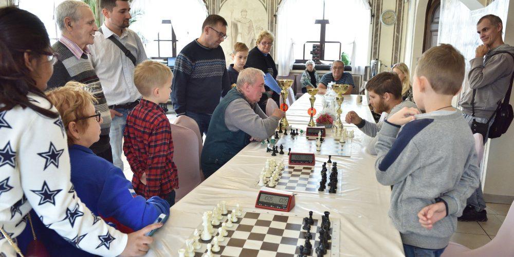 Покровский шахматно-шашечный турнир прошел в храме святого благоверного Александра Невского при МГИМО (+ фото)