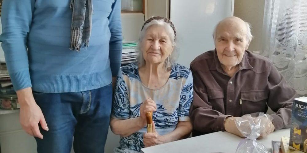 В период карантина социальная служба храма священномученика Ермогена в Крылатском посетила своих подопечных