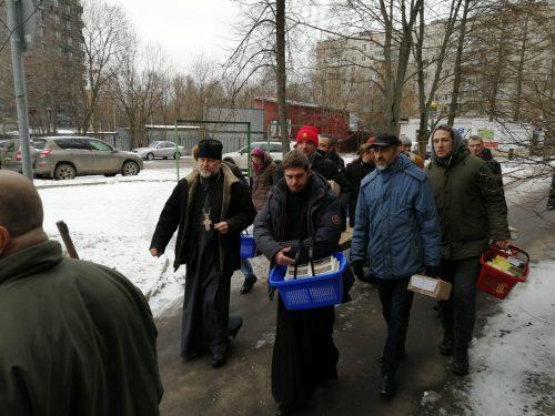 Прихожане храма Серафима Саровского в Кунцеве посетили болящих в ГКБ № 71 и поздравили их с Рождеством