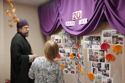 20 лет исполнилось воскресной школе храма праведного Иоанна Русского в Кунцеве (+ фото, + видео)