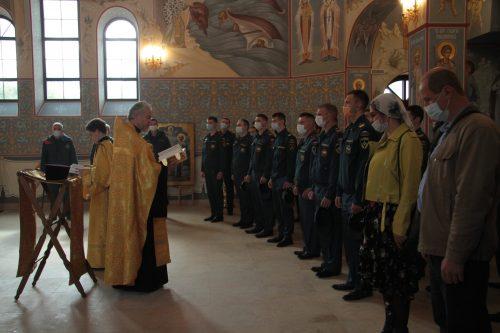 В храме Смоленской иконы Божией Матери отслужили молебен на начало арктических учений