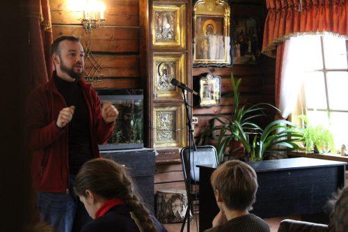 В храме святителя Димитрия Ростовского в Очакове состоялась встреча с художником-реставратором