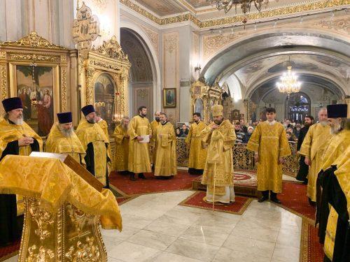 Всенощное бдение в Богоявленском соборе в Елохове совершил управляющий Западным викариатством епископ Павлово-Посадский Фома