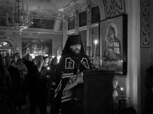 Великое повечерие совершил епископ Павлово-Посадский Фома
