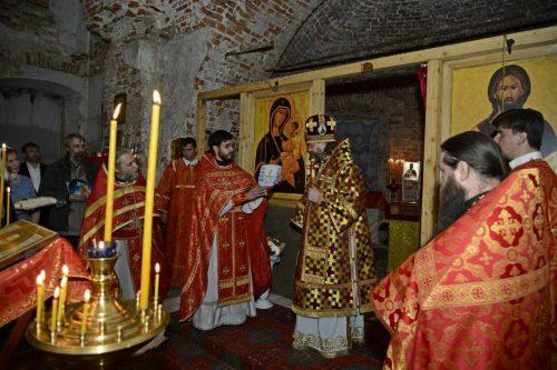 Епископ Одинцовский и Красногорский Фома совершил первую за 11 лет в храме Рождества Пресвятой Богородицы в Шитьково