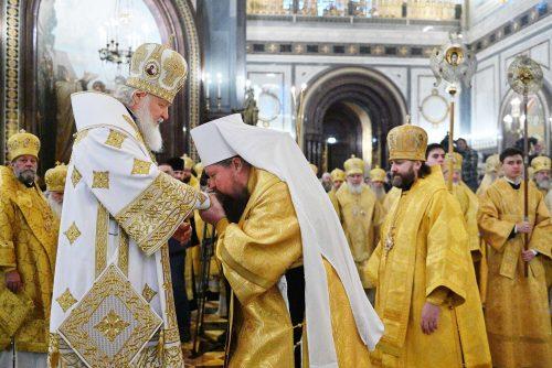 Епископ Фома поздравил Святейшего Патриарха Кирилла с днем рождения и сослужил за Божественной литургией в Храме Христа Спасителя