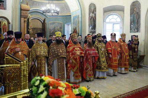 Епископ Фома принял участие в совместном богослужении Предстоятелей Русской и Американской Православных Церквей в Москве
