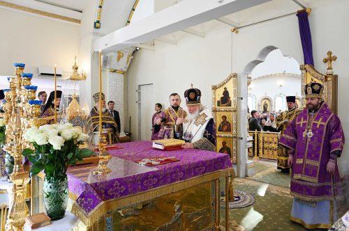 Предстоятель Русской Церкви совершил Литургию в храме блгв. кн. Игоря Черниговского в Переделкине г. Москвы