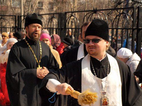 Владыка Игнатий поздравил прихожан храма прав. Иоанна Русского в Кунцеве