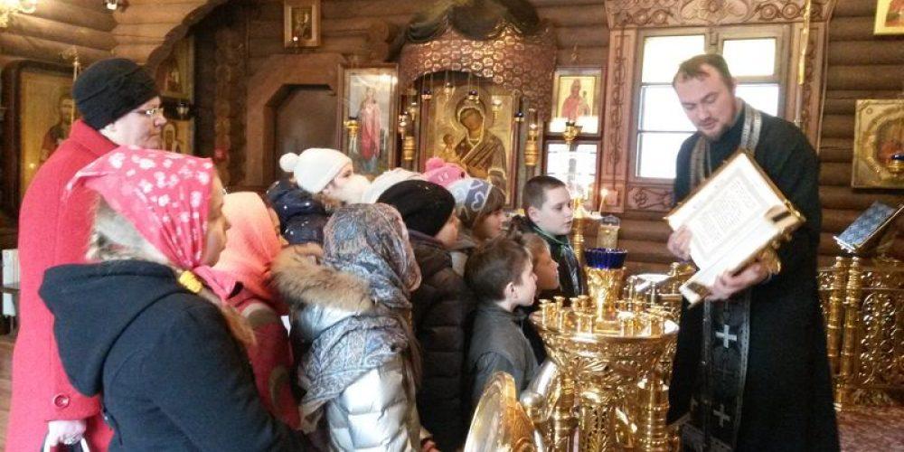 Практические занятия по «Основам православной культуры» в храме прав. Иоанна Русского