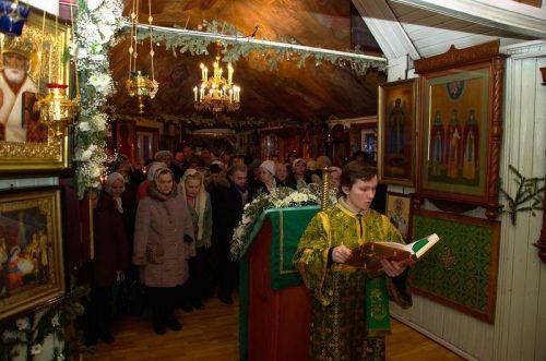 Престольный праздник в храме прп. Серафима Саровского в Кунцеве. Крестный Ход и чаепитие