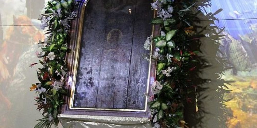 Молебен перед иконой Божией Матери «Державная» в «Манеже»