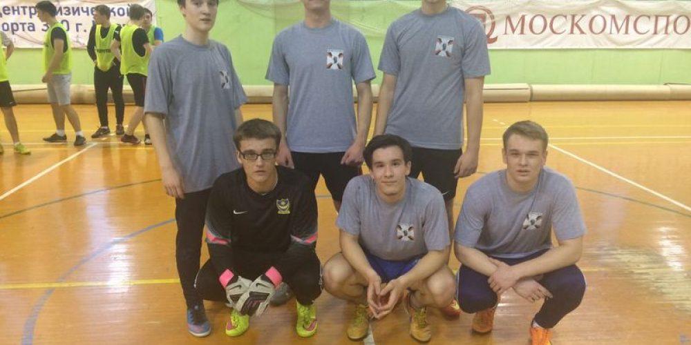 Команды «Архистратиг» и «Архангел» на окружном этапе по мини-футболу