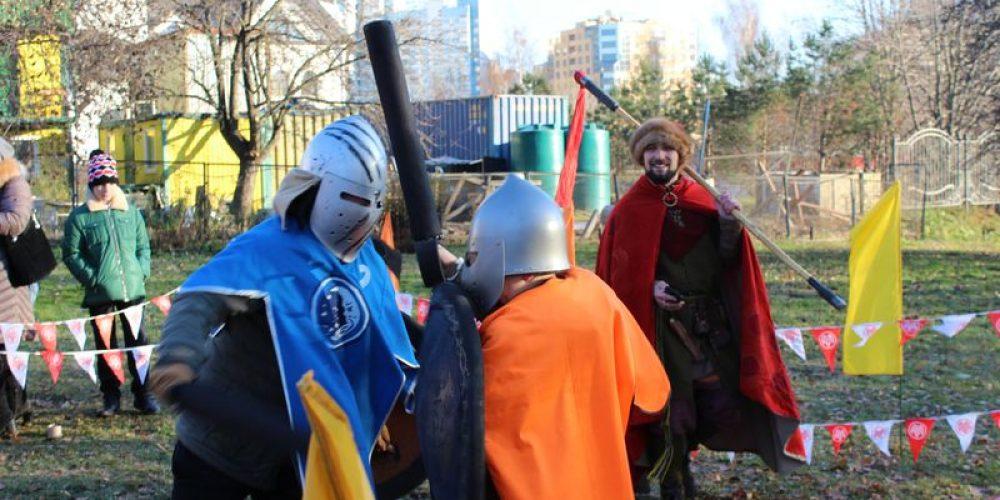 Ничья в лазертаге и победа в битве на мечах.