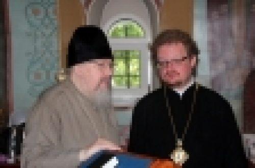 Епископ Бронницкий Игнатий посетил храм Успения Пресвятой Богородицы в Вешняках