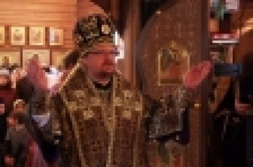 Епископ Бронницкий Игнатий возглавил Божественную Литургию в храме Всех Святых на Филевской Пойме