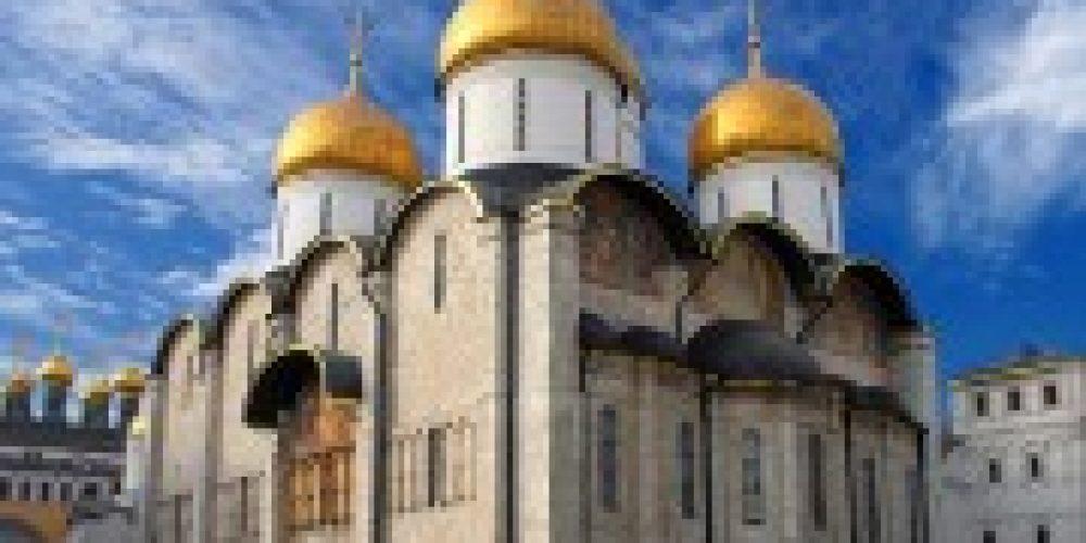 Святейший Патриарх Кирилл совершил Литургию в Успенском соборе Московского Кремля