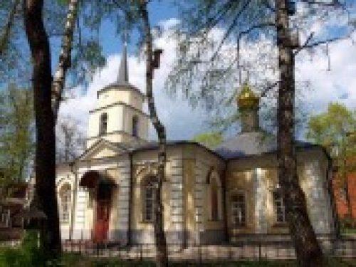 В храме Покрова Божией Матери в Покровском-Стрешнево пройдут торжества, посвященные святым благоверным князьям Петру и Февронии