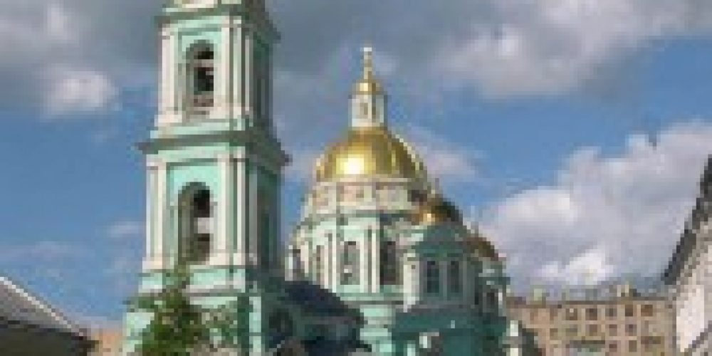 Епископ Иероним совершил Божественную литургию в Богоявленском кафедральном соборе в Елохове