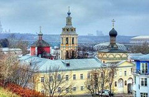 Епископ Дмитровский Феофилакт совершил богослужение в Андреевском монастыре