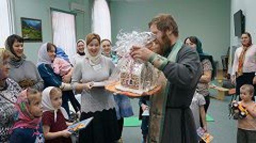 Настоятель храма всех преподобных отцев Киево-Печерских в старых Черемушках посетил Отделение социальной реабилитации детей-инвалилов