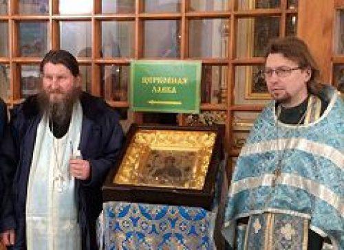 По вокзалам Москвы прошел крестный ход с иконой Божией Матери «Умягчение злых сердец»