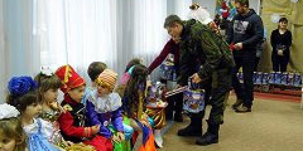 Новоспасский монастырь собирает рождественские подарки для детей Донбасса