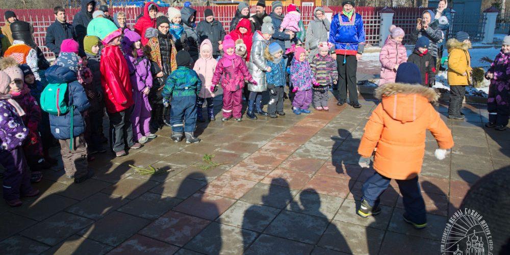 В храме Казанской иконы Божией Матери в Орлово состоялся детский праздник «Масленица»