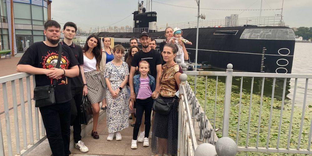 Молодежь храма Знамения в Кунцеве посетила музей Военно-Морского флота России