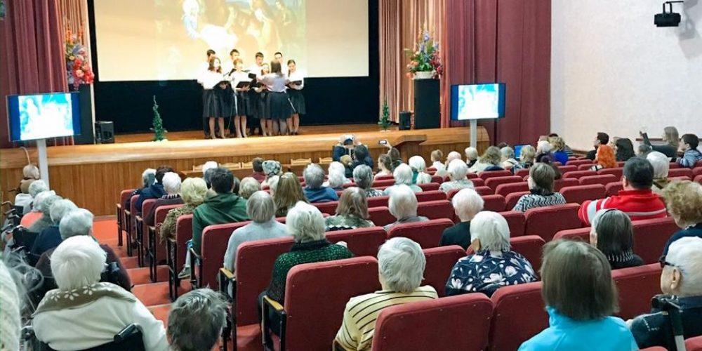 В течение святок ребята из воскресной школы храма преподобного Андрея Рублева в Раменках дали три концерта