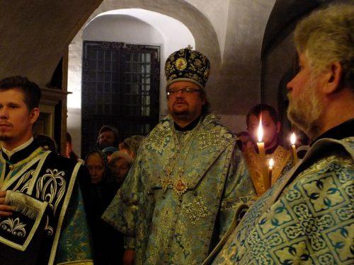 13 октября епископ Выборгский и Приозерский Игнатий, председатель Синодального отдела по делам молодежи, совершил Всенощное бдение в храме Покрова Пресвятой Богородицы в Филях