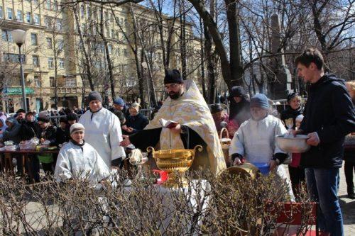 Великая Суббота и Пасха Христова в храме Архангела Михаила близ Кутузовской избы, что в Филях
